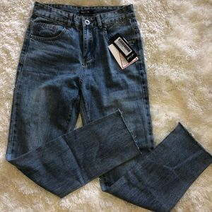 Nasty Gal high waisted Mom Jeans